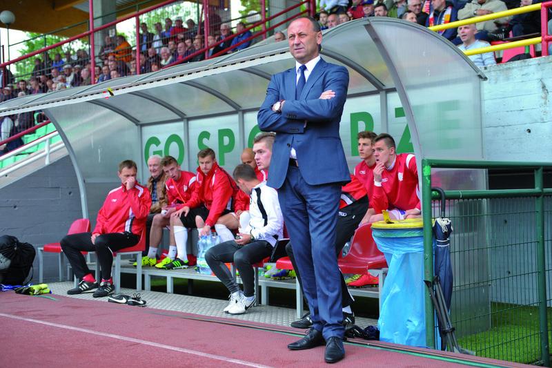 Trener Ryszard Wieczorek może z dumą patrzeć na poczynania swoich podopiecznych. Fot. fotoMiD
